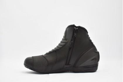 IZ2 2037 Boots