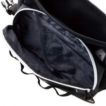 RS Taichi RSB279 WP Hip Bag Black White
